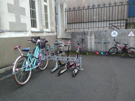 E simone bowie dans Nantes (41)