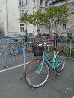 E simone bowie dans Nantes (56)